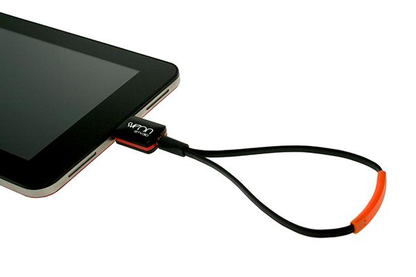 Sintonizador TDT para Android Sveon STV30 conectado a una tablet